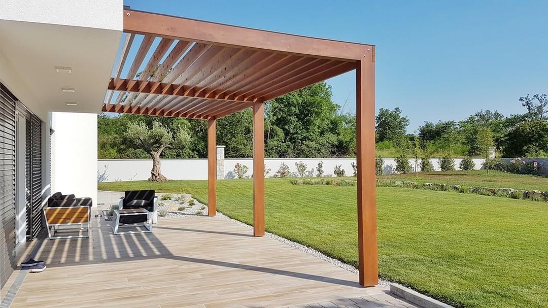 les caract ristiques de la pergola de jardin verandas et. Black Bedroom Furniture Sets. Home Design Ideas